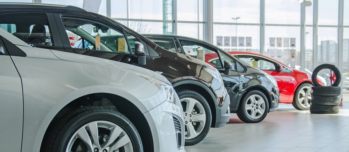 what is the best month to buy a car