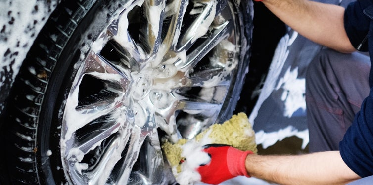 Removing Rust From Hubcaps