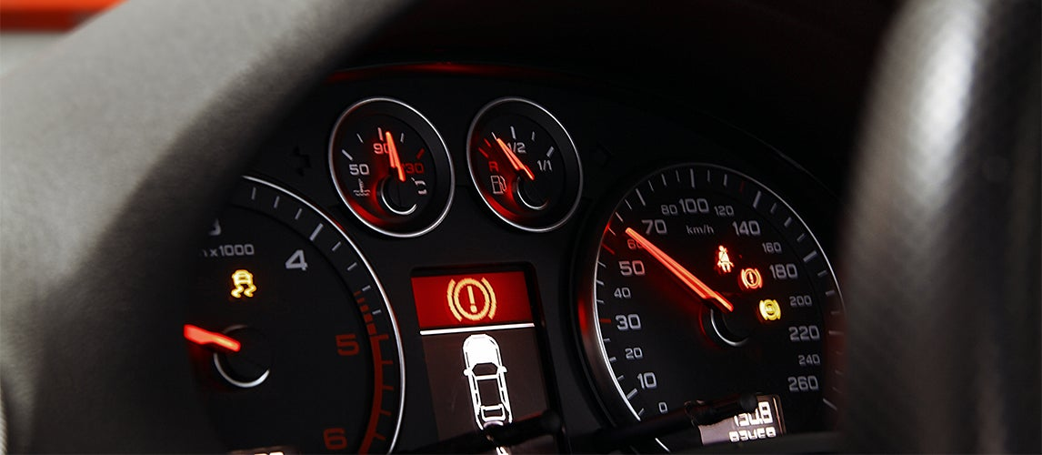 5 most important warning lights on your dashboard