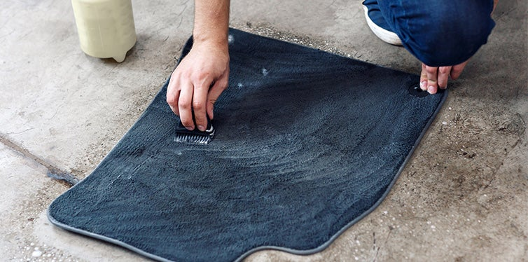 car floor mat cleaning