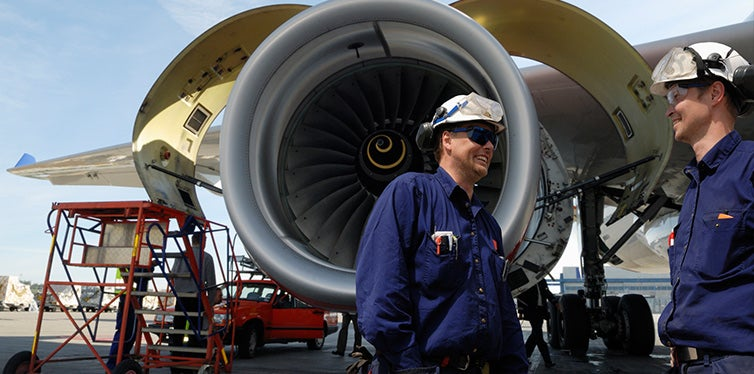 Airplane mechanics and jet engines