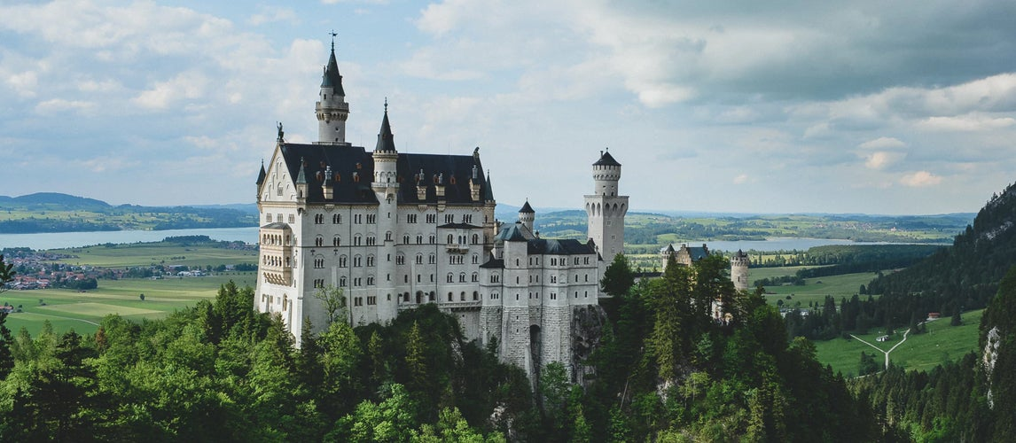 amazing castles in europe worth driving to