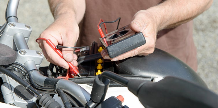 Test of the motorcycle battery