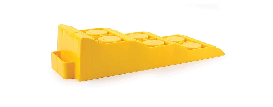 Camco Yellow Drive On Tri-Leveler