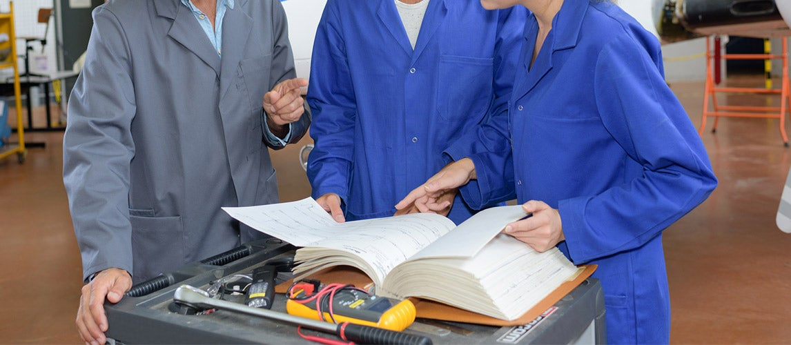 The Best Auto Mechanic Books (Review) in 2020 | Car Bibles