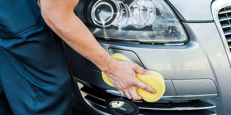 Car cleaning with sponge