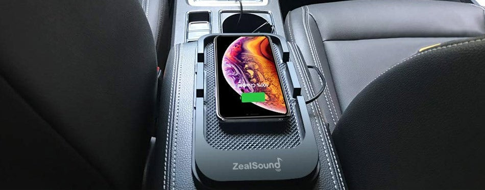 Phone Wireless Charger in a Car