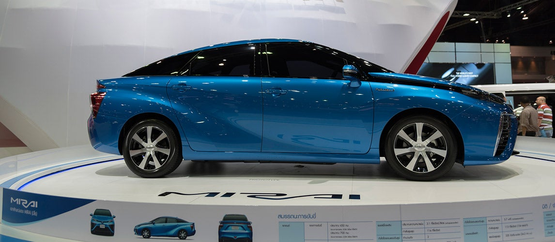 Things You Need To Know About Hydrogen Fuel-Cell Cars