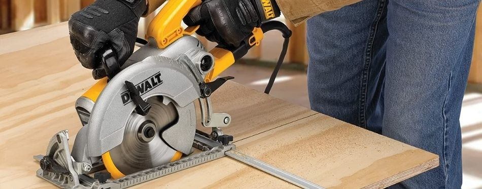 Working With Circular Saw Guide