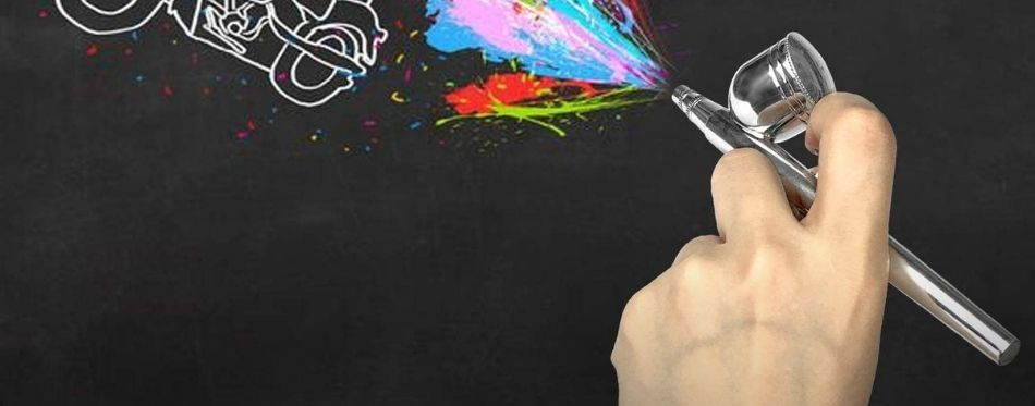 Painting on black surface with airbrush kit