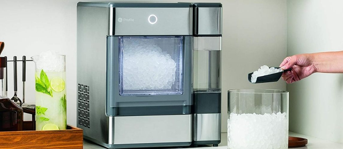 Portable Ice Maker in kitchen