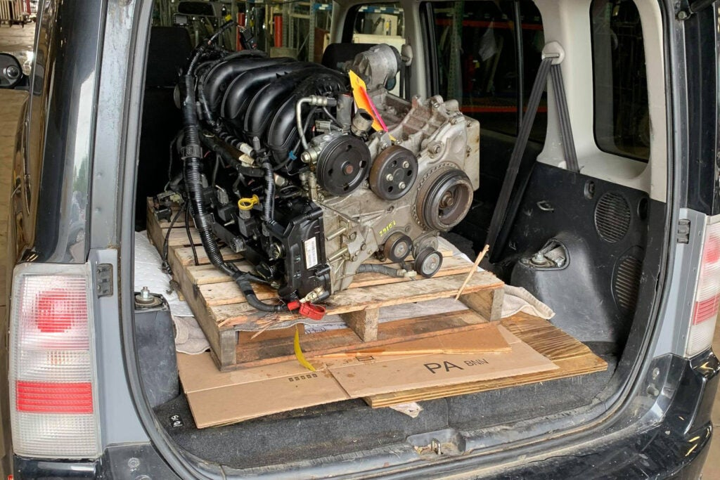 How to Transport a Used Engine