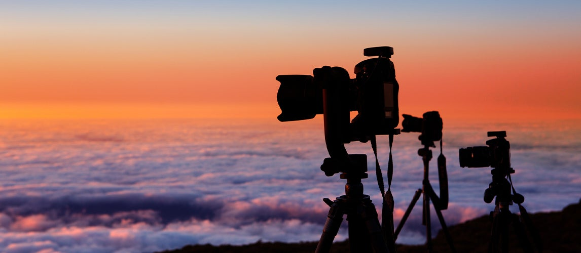 photographing the sunshine using the best Carbon fiber tripods