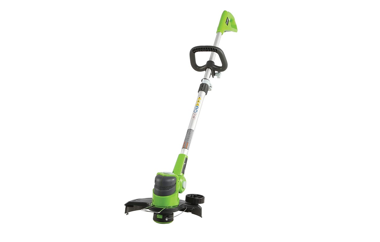 The Best Cordless Weed Eaters (Review & Buying Guide) in 2021