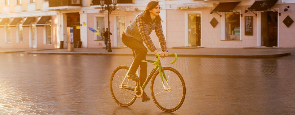 Man riding best fixie wheels bicycle