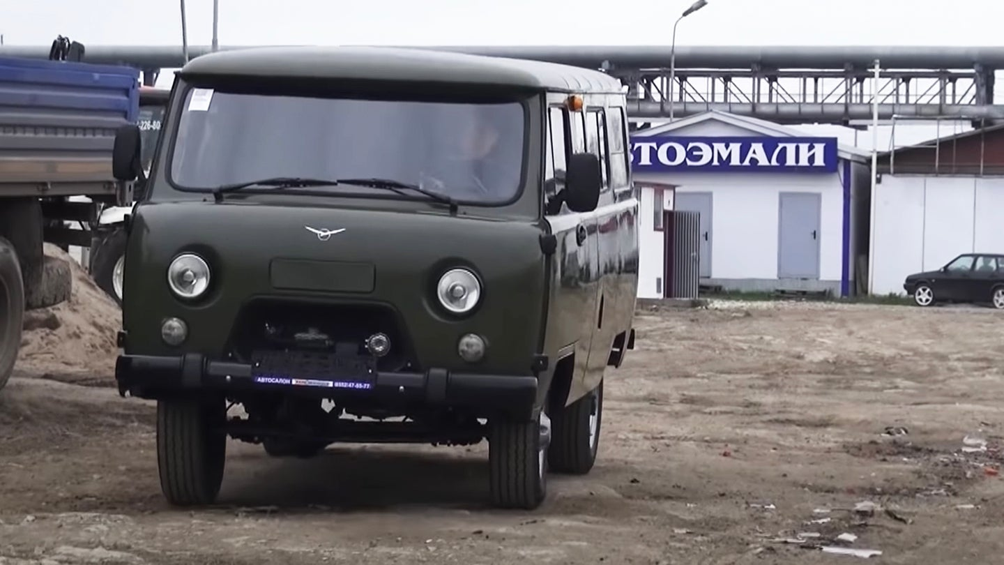 MegaRetr Is Your YouTube Gateway to Experiencing Russian-Market Vehicles