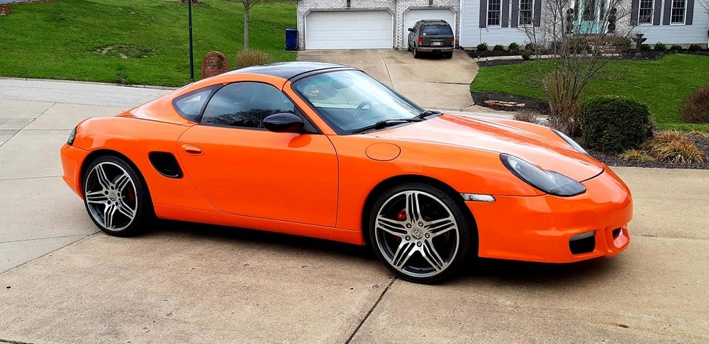 This 1998 Porsche Boxster Got a Roof To Become a Beta Cayman
