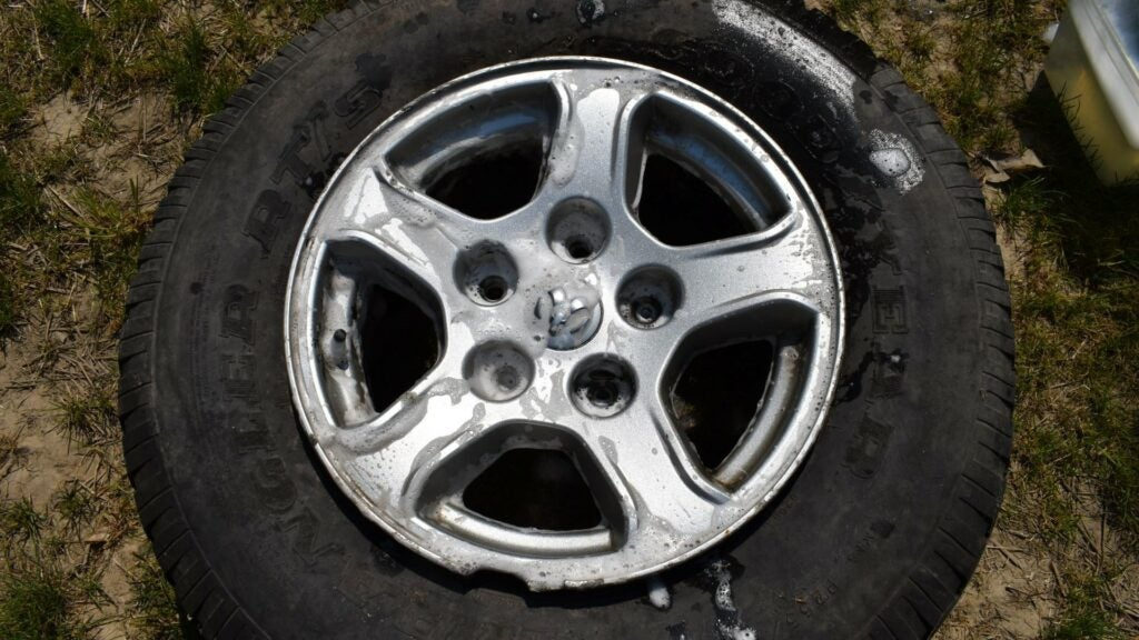 How To Restore Scratched Wheels