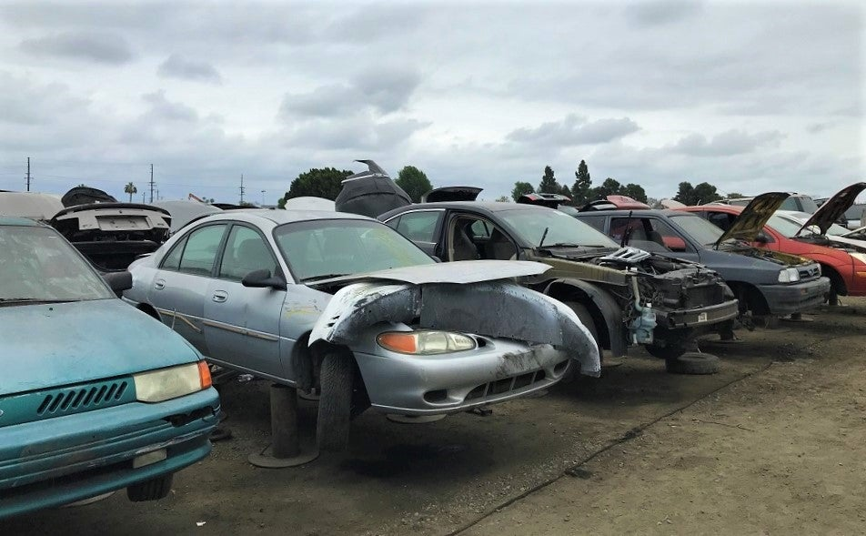 How To Have a Productive and Safe Visit to the Junkyard