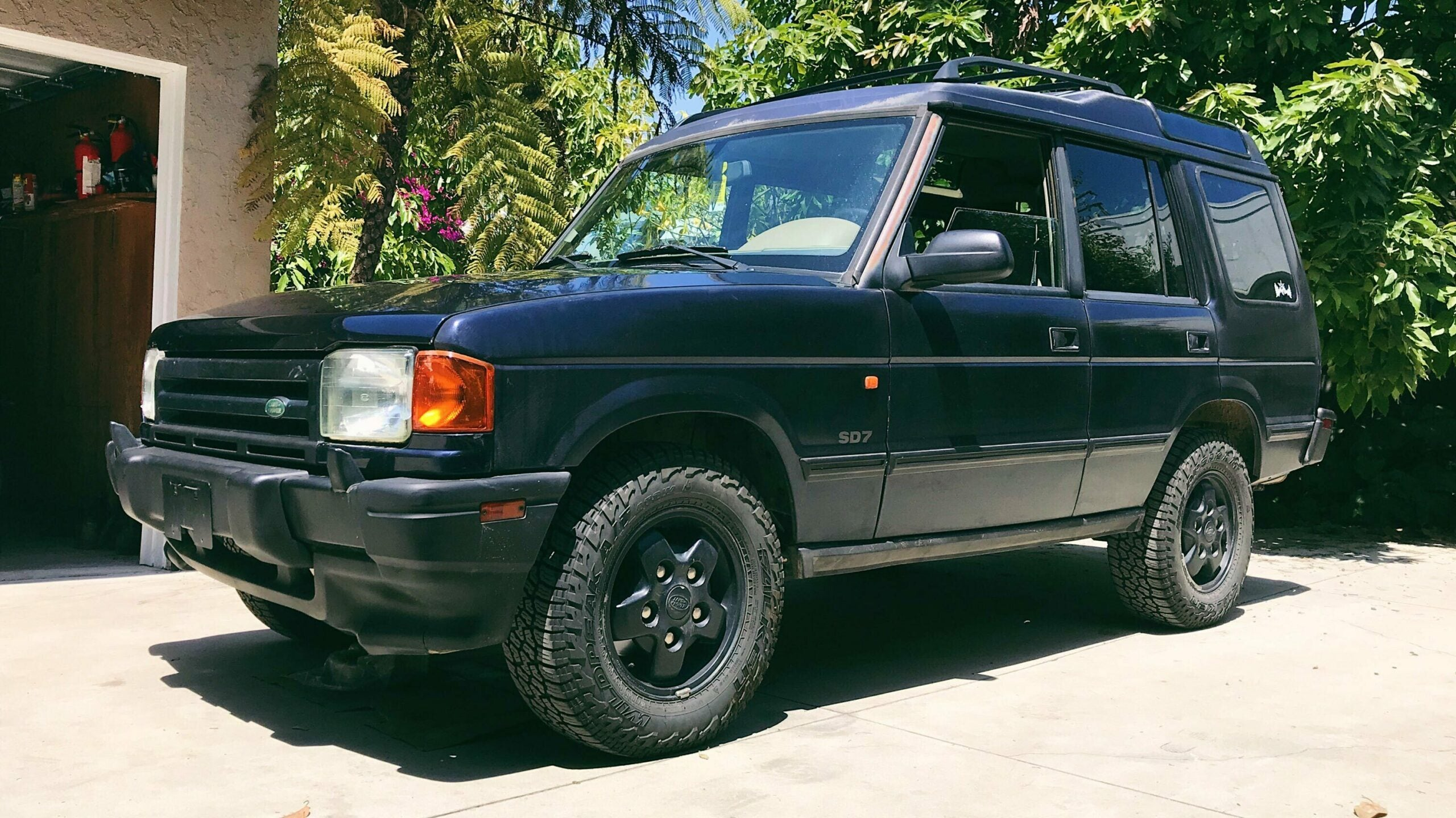 How I Made My Used Land Rover Discovery Look Presentable on a Dollar-Store Budget