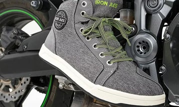 Best Motorcycle Shoes: From Pegs to The Streets
