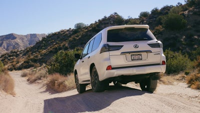 Law Enforcement Was a Little Confused When They Saw This Lexus Off-Roading