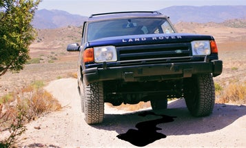 I Solved My Land Rover's Miserable Oil Leak With the Easy Fix I Didn't Check First
